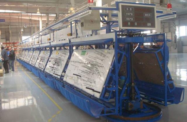 Конвейер для сборочного производства оранжевый фольксваген транспортер